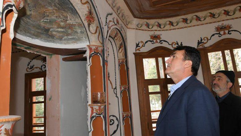Bursa- Gazzeli Ahmet Efendi Kültür Merkezi'nde İnce İşçilikler Sürüyor