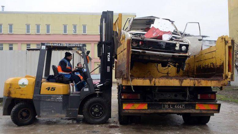Bursa-Osmangazi'de Hurda Araç Temizliği