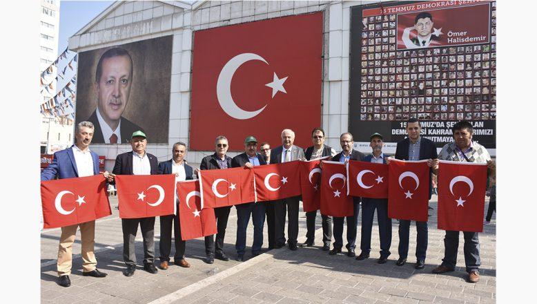 Bursa Kent Konseyi'nden Barış Pınarı Harekatı'na Bayrak'lı Destek
