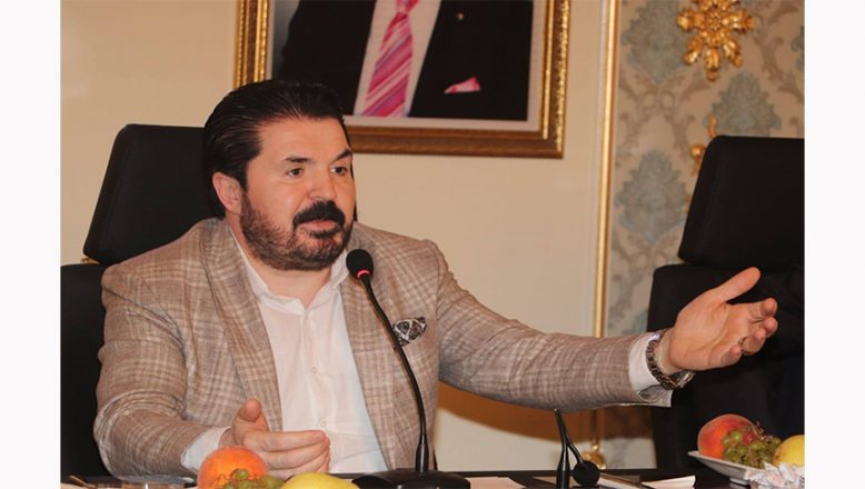 Ağrı Belediye Başkanı Savcı Sayan Gazeteciler Gününde Çarpıcı Açıklamalar Yapıyor